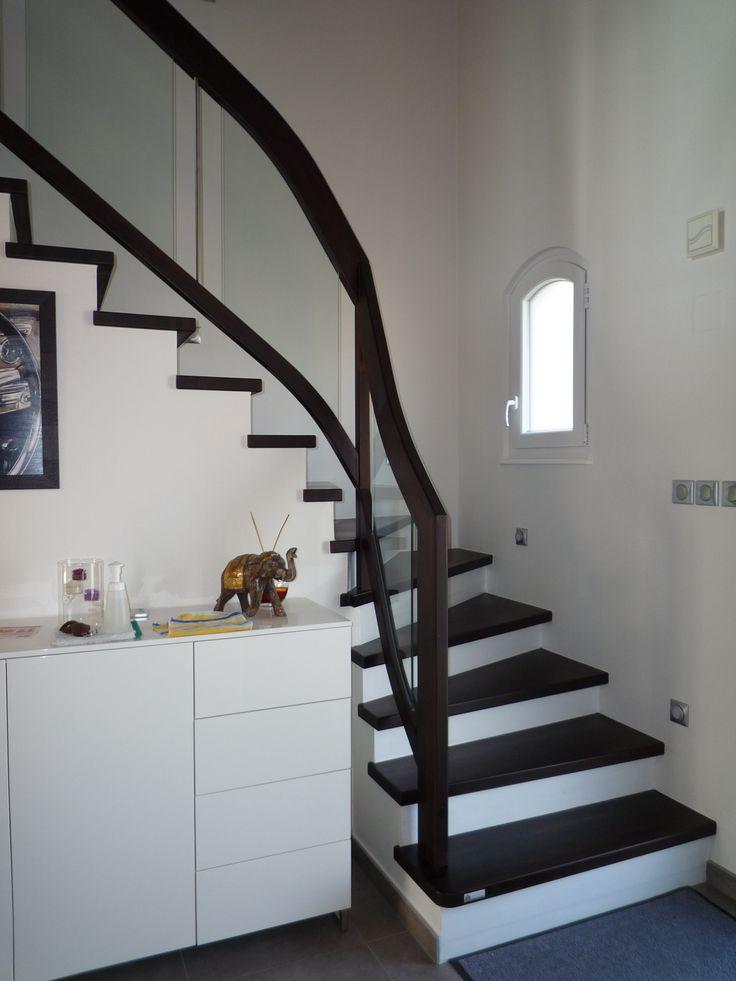 habillage escalier en b ton avec garde corps rampant compos d 39 un remplissage en verre pour. Black Bedroom Furniture Sets. Home Design Ideas