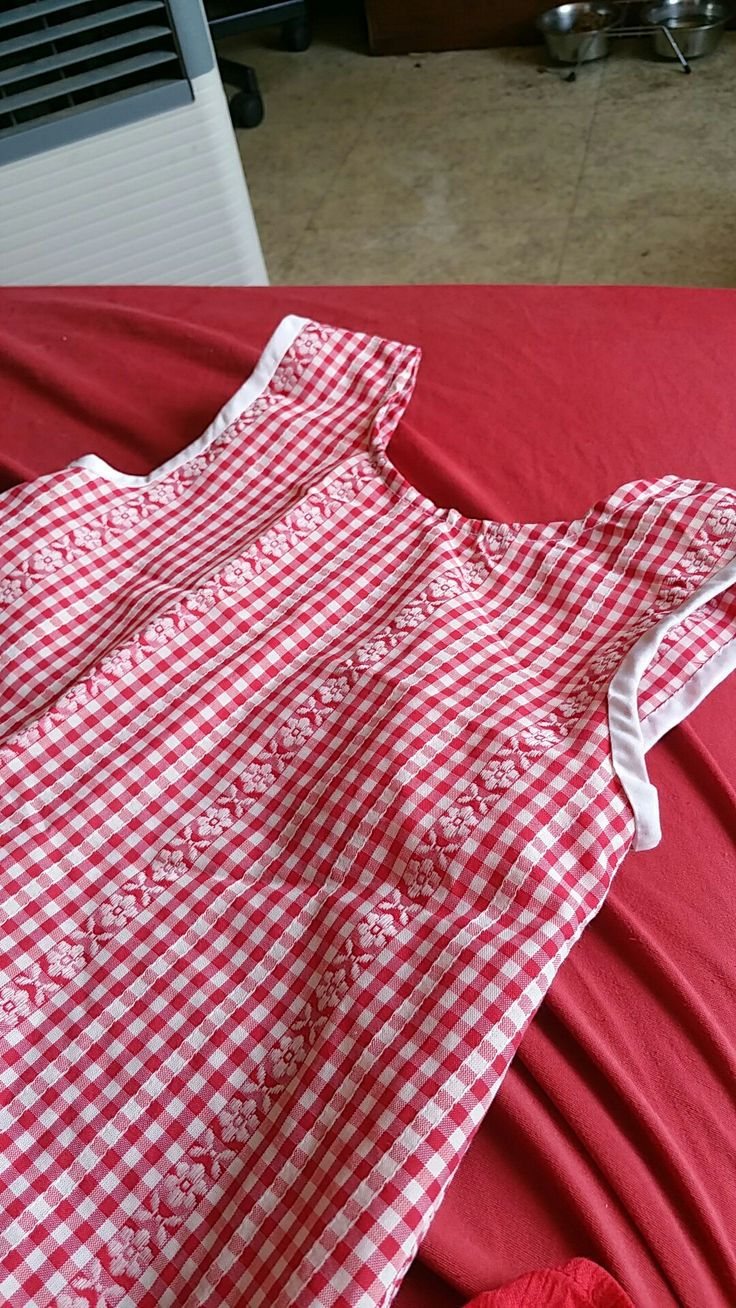 Une robe poppy pour ma petite fille Sarah