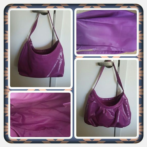 Woman's Berry Pink Colored Purse  Woman's Purse With Interior Zippered Pocket & 2 Interior Slip Pockets In Pretty Good Condition No Damage I Can See From Woman Within  TRADES  PAYPAL  LOWBALLING OPEN TO REASONABLE OFFERS  Woman Within  Bags Shoulder Bags