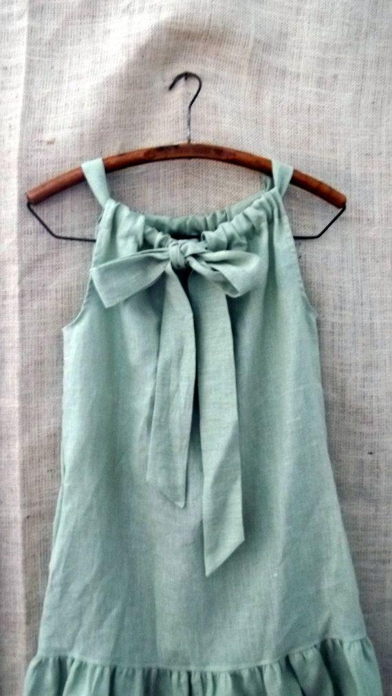 Linen bow dress -- variation on the super simple pillowcase dress.