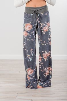 Family Owned women's online clothing boutique bringing you trendy women's clothing & accessories at prices you'll LOVE. Direct to your door! FREE Shipping available.