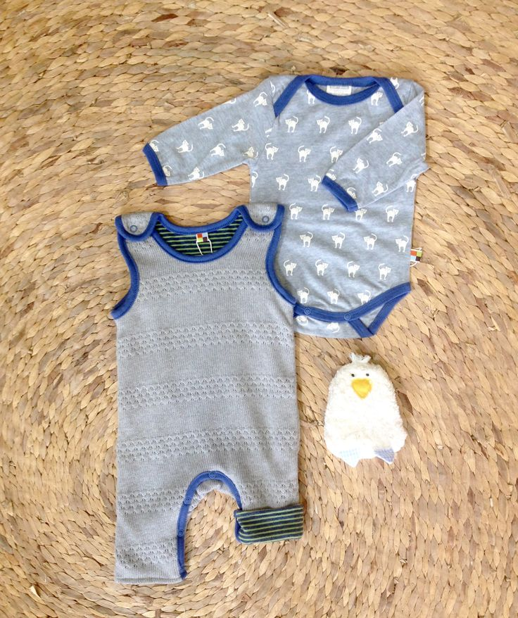 Great outfit and baby shower present by German Eco fashion label loud+proud and Eco toy label pat & patty.