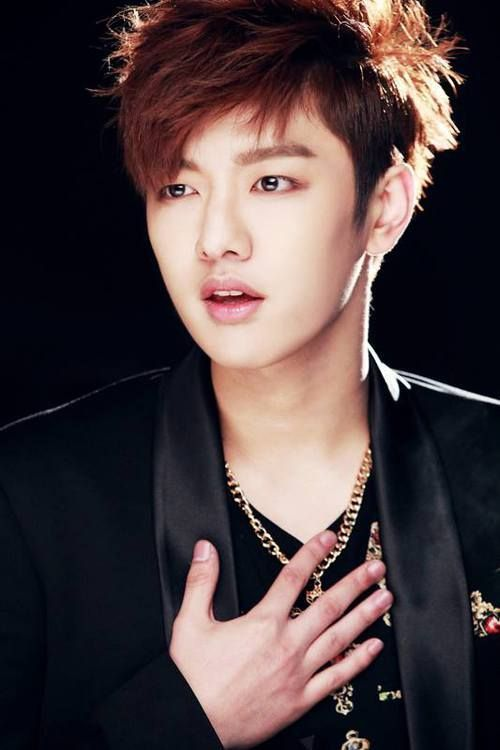 Kết quả hình ảnh cho Shin Won Ho