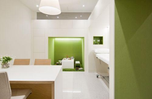 Flourish Paediatrics Office Pictures Design - potential idea for informal meeting space in within circulation corridor