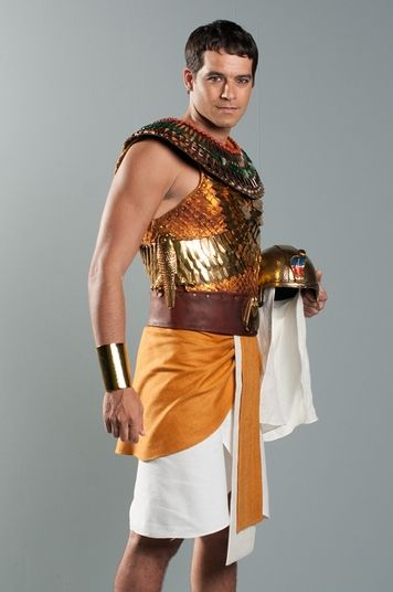 Guilherme Winter as Moses in his egyptian phase