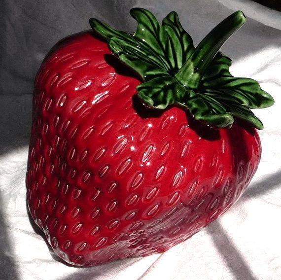 Vintage Strawberry Shortcake Kitchen