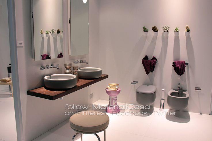 Sanitari grigi e superfici opache, tattili... anche questo è #Cersaie2014! #bathrooms Company: Ceramica Flaminia (Italy)