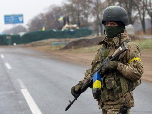 Украинский солдат покончил с собой на границе с Крымом  http://www.newc.info/news/22217/  В воскресенье на границе с Крымом при невыясненных обстоятельствах погиб военнослужащий Украины.