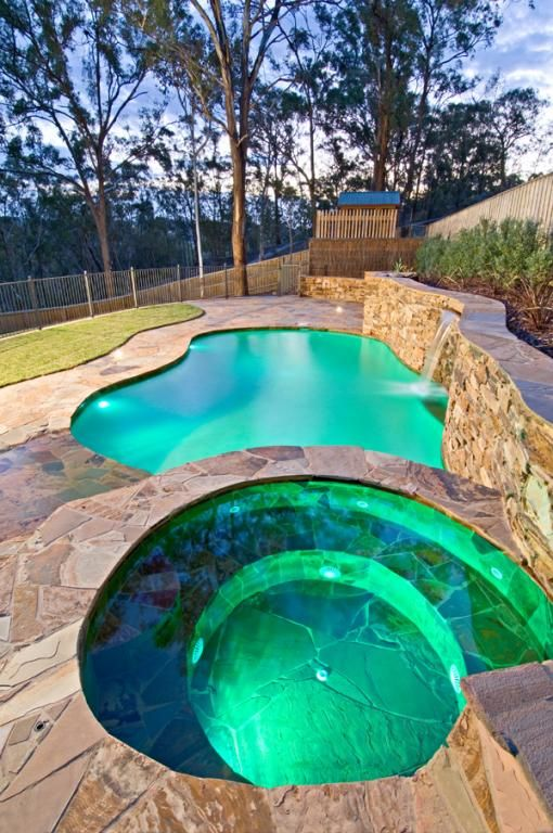 Outdoor pool design ideas get inspired by photos of for Plunge pool design