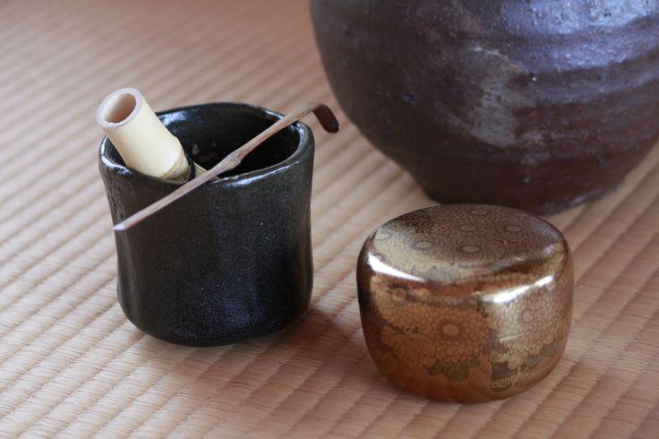・五代宗入筒茶碗[江戸中期] ・島田其翠作 菊蒔絵平棗