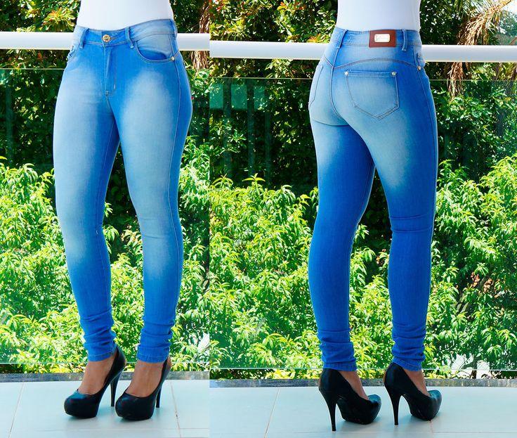 Calça Jeans Clara Revanche , encontre modelos lindos de jeans em nossa loja virtual www.lojas22k.com.br 😘😘    Compre pelo site www.lojas22k.com.br   Whatss (15 ) 99797-7074  Siga a loja www.facebook.com/lojas22K