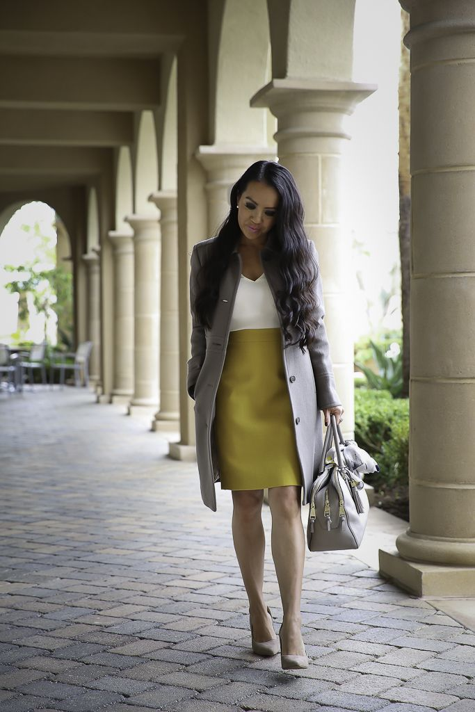 677a3f2bfc How to wear gray and yellow for work, classic winter work outfit, fall work
