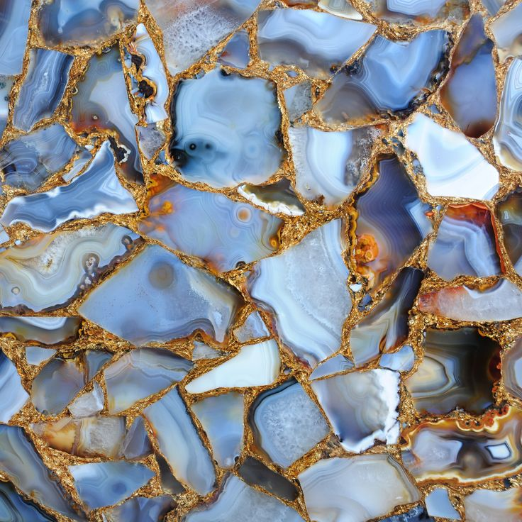 Agate Rubane with gold / detail