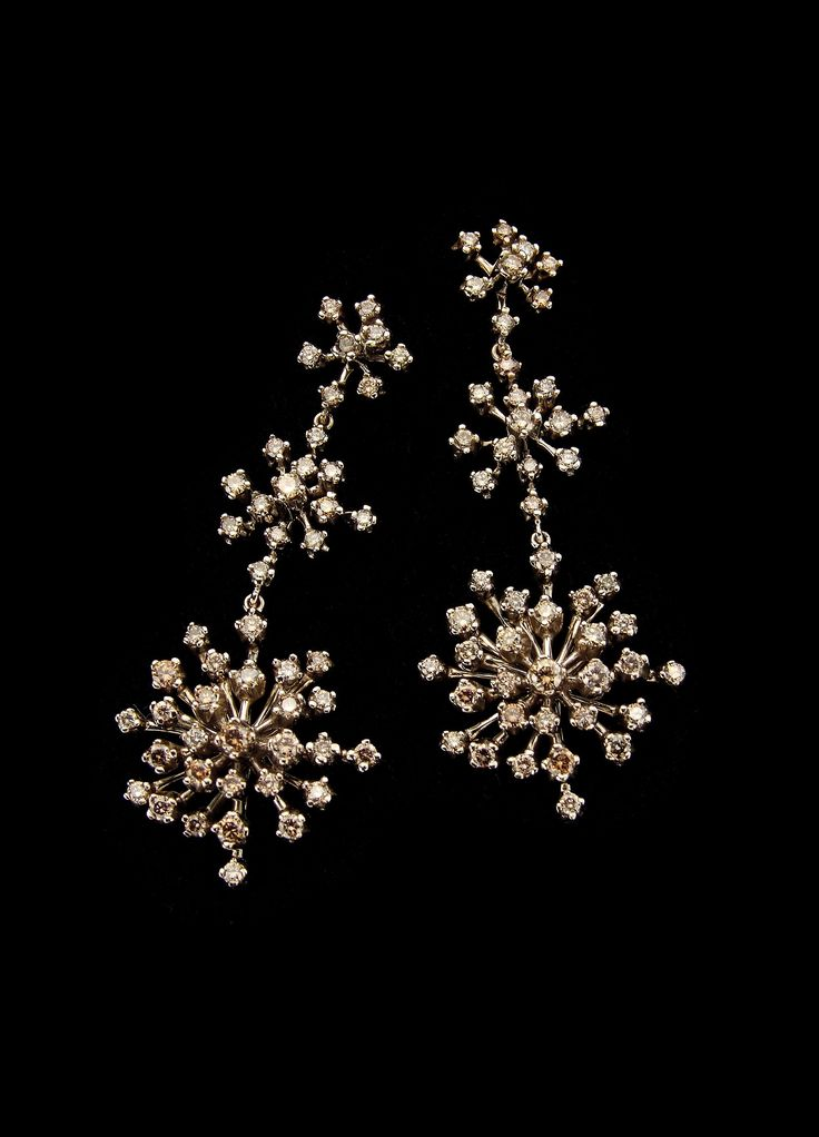 H.Stern Snowflakes earrings in 18K Noble Gold with cognac ...