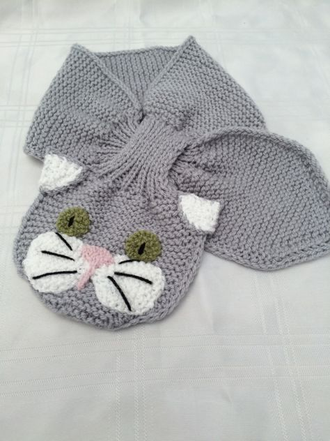 Animal Keyhole Scarves (knit)