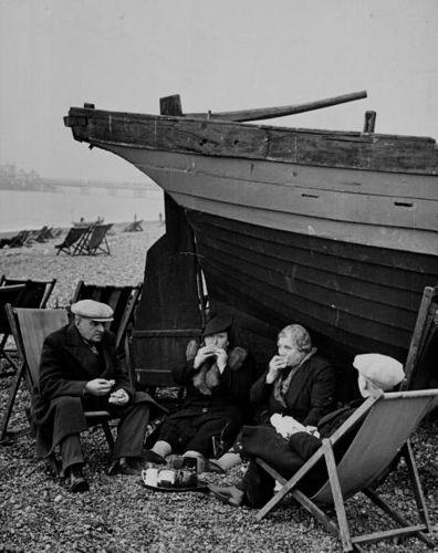 The Great British Seaside 1933 - Brighton Beach