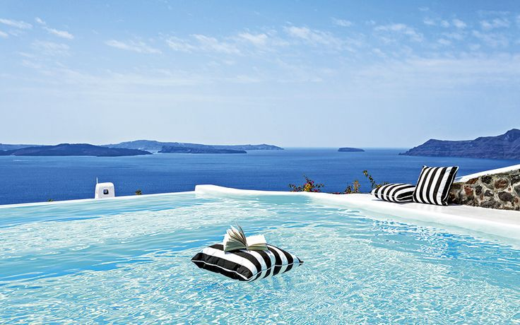 Canaves hotel in Oia, Santorini