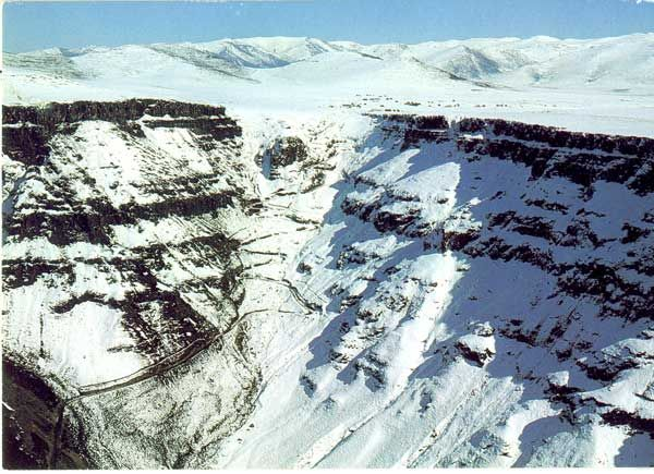 Sani Pass in winter: apparently one of the tougher 4x4 journeys