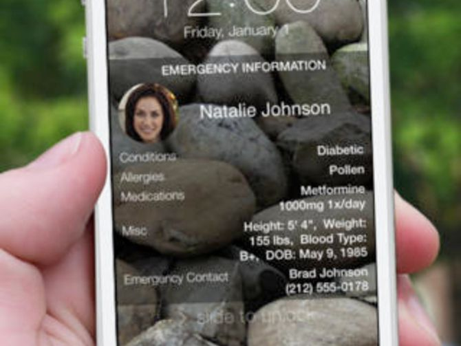 A simple tweak to your existing wallpaper might just save your life -- or at least help recover a lost phone.