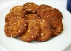 Crunchy and delicious, Anzac biscuits made with oats, coconut and golden syrup are a lower GI alternative to many biscuits and are cheap to make.