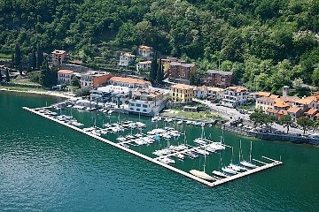 Elegant og luksus foran innsjøen villa med utsikt over bukten Menaggio og marina Feriehus i Menaggio fra @homeaway! #vacation #rental #travel #homeaway
