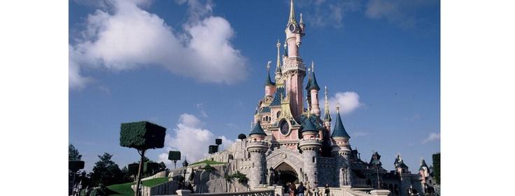 Disneyland® Paris fête ses 20 ans  http://www.lavalleevillage.com/fr/nos-services/informations-touristiques/attractions-locales/item/disneyland-paris