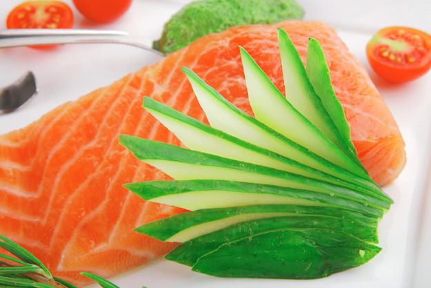 Как солить красную рыбу в домашних условиях - KitchenMag.ru