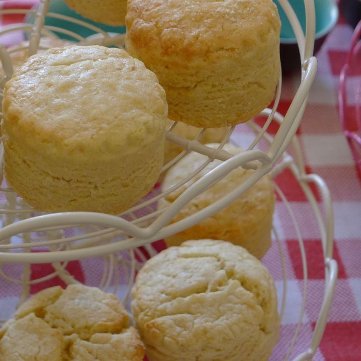 Discover how to make delicious gluten-free and dairy-free scones!