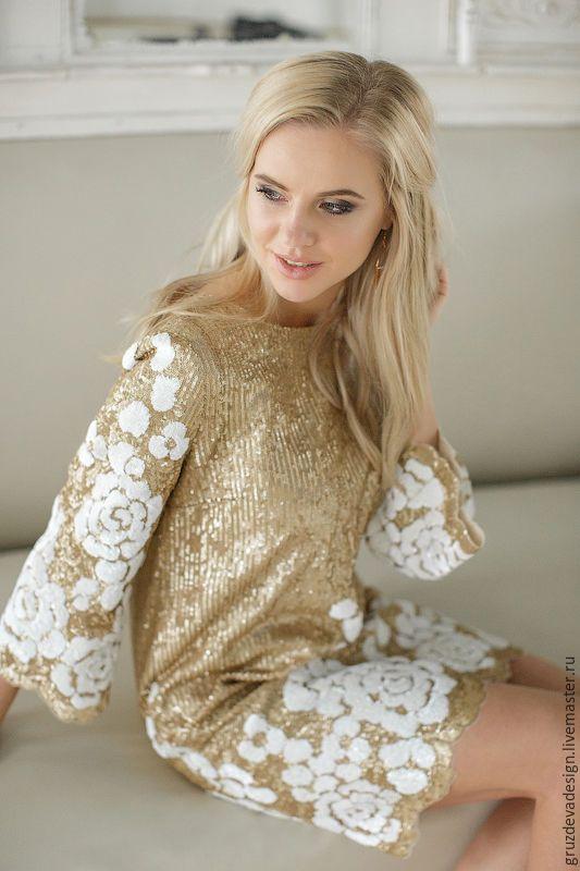 """Купить Платье с паетками """"Белый цветок"""" - разноцветный, цветочный, белые цветы, паетки, золото"""