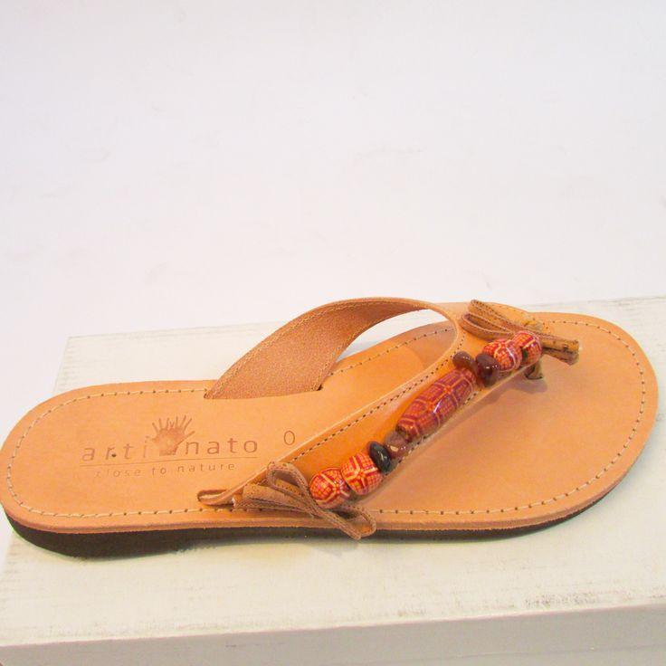 Eindelijk #zomer!# originele handgemaakte leren Ibizaslippers.#kurk#closeteonature#zomer Kijk voor meer modellen op: www.artinato.com/…/schoenen-en-laarzen/ibiza-slippers-grazia