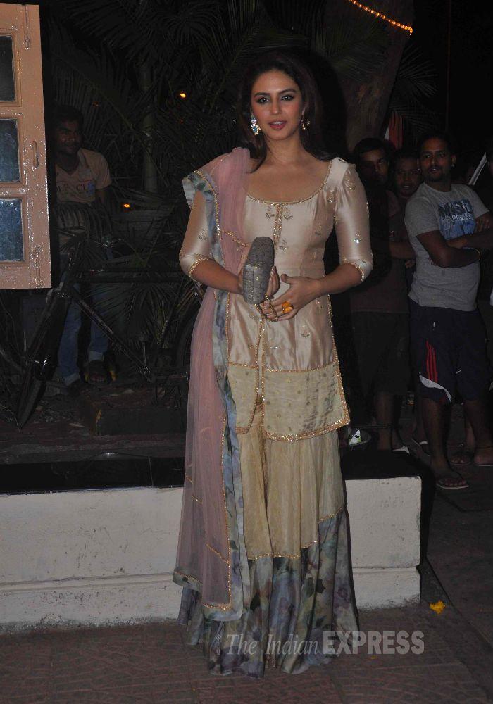 @HumaSQureshi's Royalty in Shehlaa by @ShehlaaK http://www.perniaspopupshop.com/designers-1/shehla-khan at Ekta Kapoor's 2014 Diwali Party
