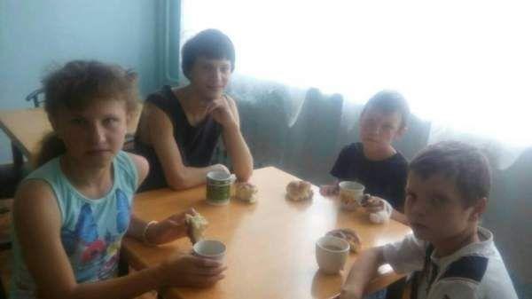В николаевскую больницу поступили дети, у которых пропала мама  http://novosti-mk.org/events/6606-v-nikolaevskuyu-bolnicu-postupili-deti-u-kotoryh-propala-mama.html  В детское отделение больницы Корабельного района поступили четверо детей.  #Николаев #Nikolaev {{AutoHashTags}}