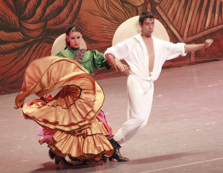 la-gracia-eterea-de-estos-bailarines_50