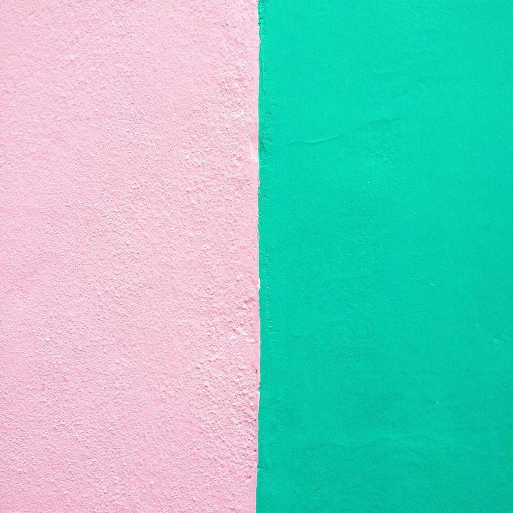 """"""" the most perfect colour combo  #walls #colourpop #colour #colourlovers #iglondon #igerslondon #building"""""""