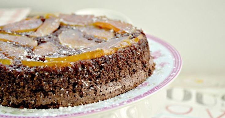 Bizcocho de chocolate y manzana (sin harina, ni grasas)