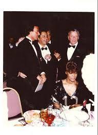 Frank Sinatra, el chileno Lucho Gatica, Julio Iglesias y Dionne Worwick