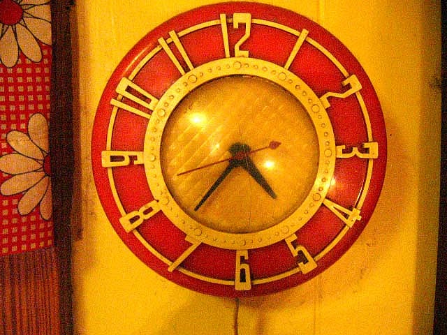 17 Best Images About Vintage Kitchen Clocks Have On