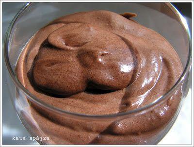 kata spájza: Csodás csokikrém (csokoládémousse)