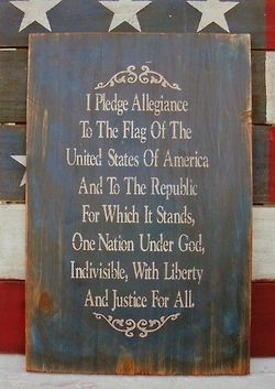 Pledge of Allegiance wall decor... perfect for my America room