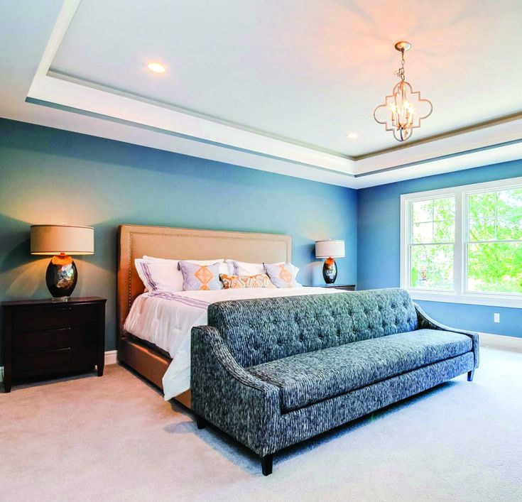 Cozy And Bright Living Room: Metrie Masters On: Blue Hues