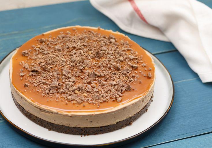 Deze mega lekkere taart heb je in een handomdraai gemaakt (echt waar!). In slechts een half uurtje. Tony's Chocolonely karamel-zeezout NY cheesecake