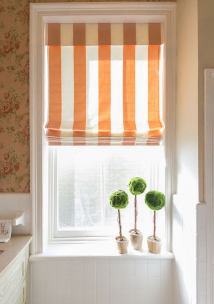 7 Different Bathroom Window Treatments You Might Not Have Thought Of