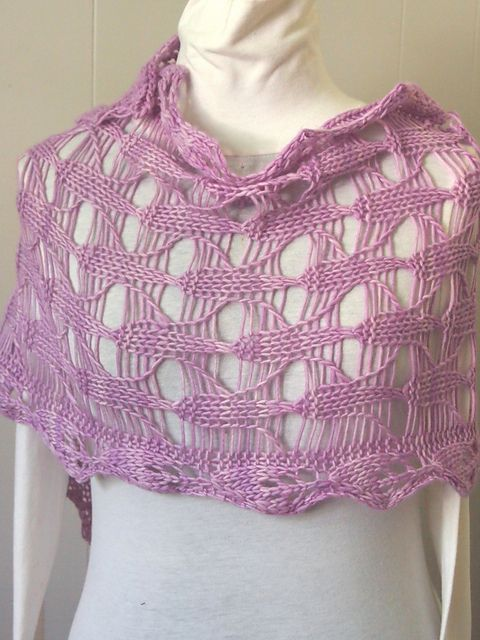 Cone Flower Scarf by Grace Mcewen. malabrigo Worstd in Orchid colorway