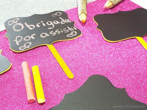 Como fazer plaquinha lousa http://www.garotacriatividade.com/placa-lousa/  Tags…