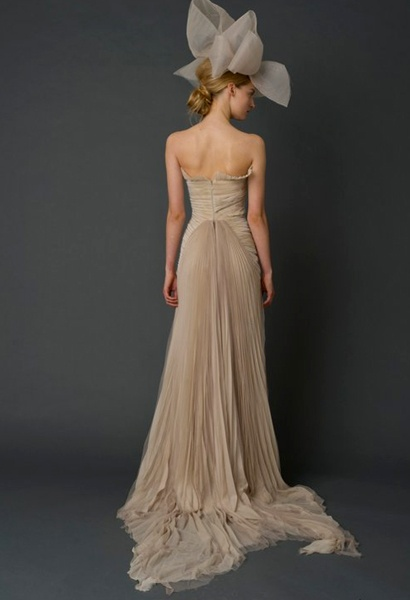 Vera Wang 2012,for my love of bows also love the pleats.
