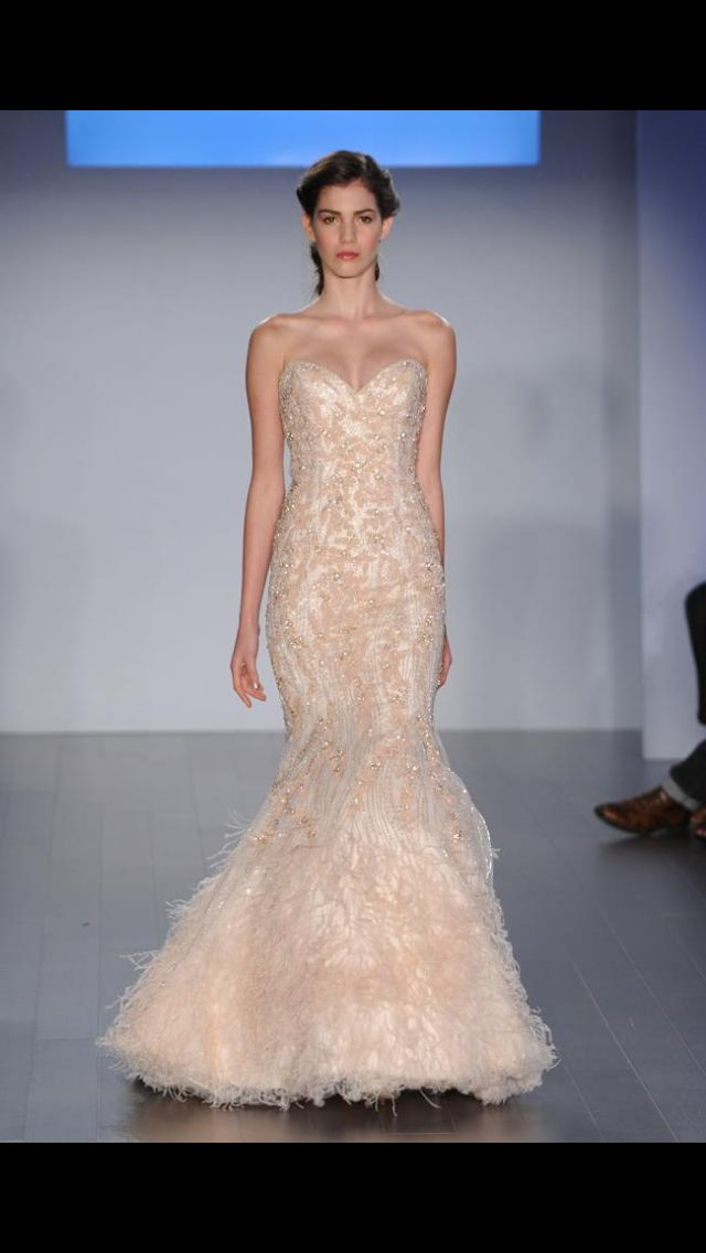Designer Lazaro Perez Proved He Isnt Afraid Of A Little Color In His Spring 2015 Collection Wedding Dresses Shades Dusty Rose Mint