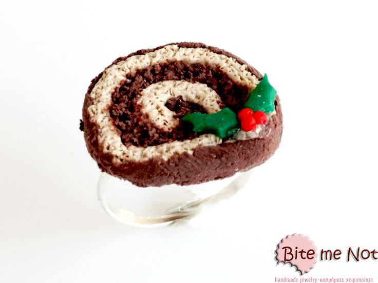 ''Christmas choco roll'' -Silver plated adjustable ring base!  -Chocolate roll slice decorated with a mistletoe!