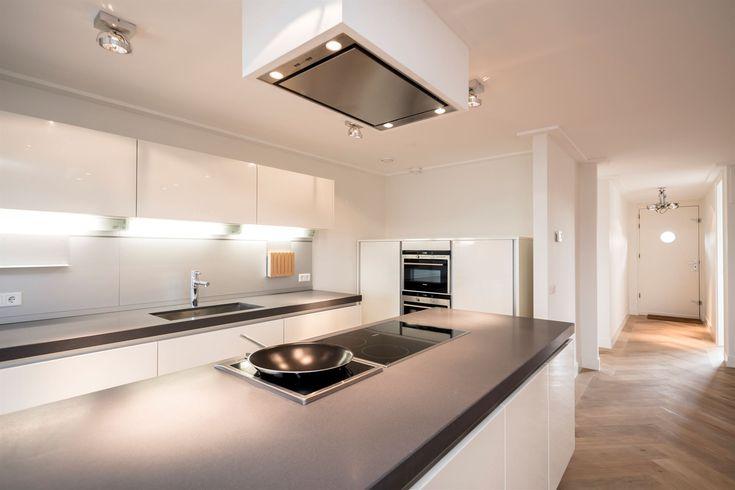 157 best images about eiland keukens on pinterest ramen tes and modern kitchens - Keuken back bar ...