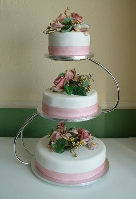something to go with the metal ring toppers?  3-tiered wedding cake stand