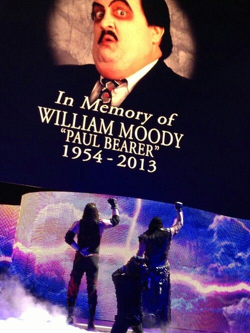 Undertaker and Kane tribute to paul bearer